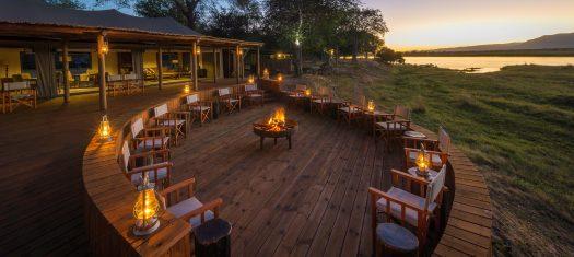 Zimbabwe Discovery (including Lake Kariba Luxury Houseboat Charter)